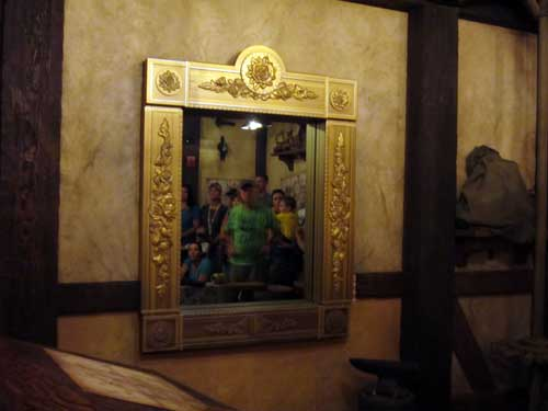 This mirror in the pre-show area is one of the most amazing Disney park's special effects ever.