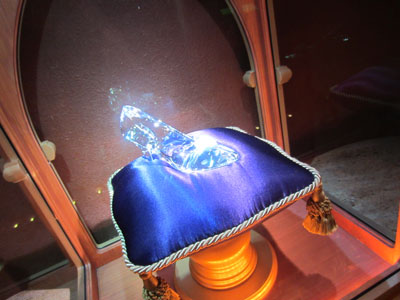 Check out the sparkle of this glass slipper!