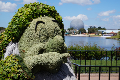 Sneezy with Spaceship Earth in the background.