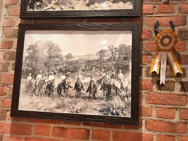 You will find plenty of vintage photos on the walls.