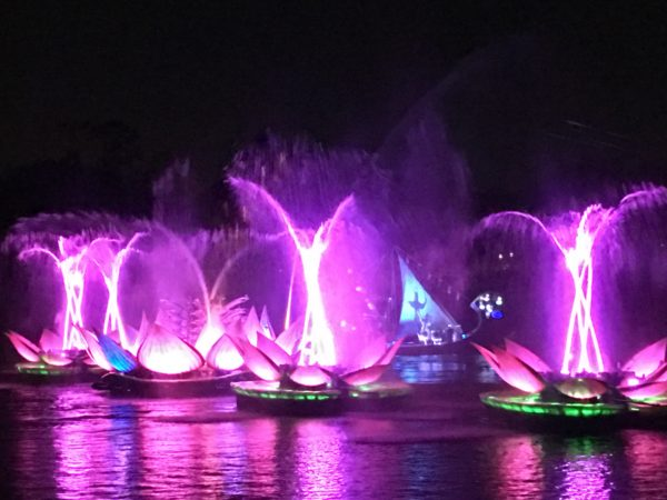 Rivers of Light delivers plenty of color and motion on a grand scale.