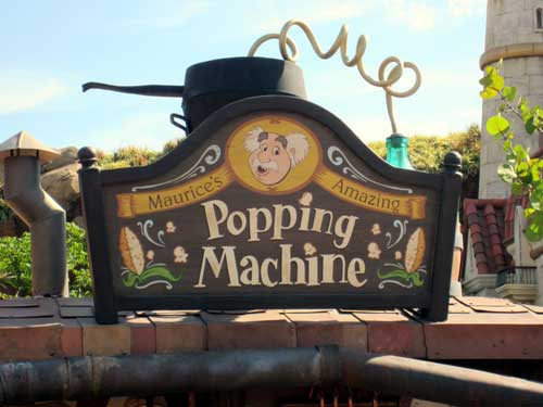 Popcorn at Disney World is somehow extra delicious.
