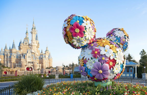Shanghai's castle looks great. Photo credits (C) Disney Enterprises, Inc. All Rights Reserved