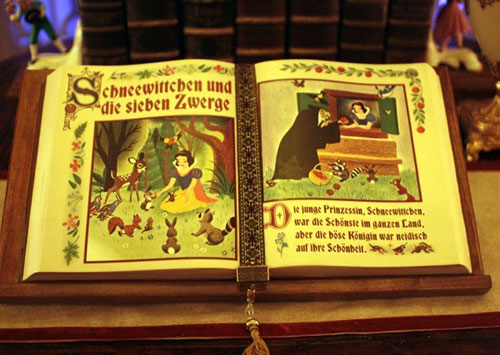 Snow White tribute book, in German, located in Princess Fairytale Hall.