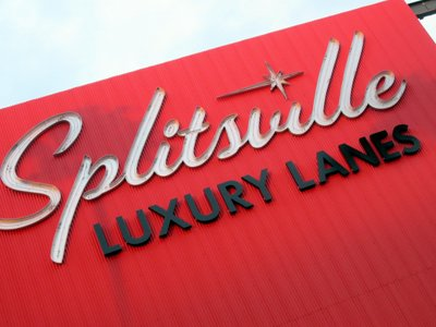 Splitsville Lanes Sign