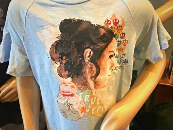 Rey t-shirt featuring BB-8 and resistance logos.