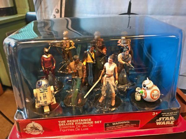 The Resistance Figurine play set.