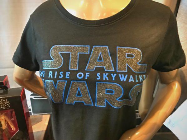 Star Wars - The Rise of Skywalker shirt.