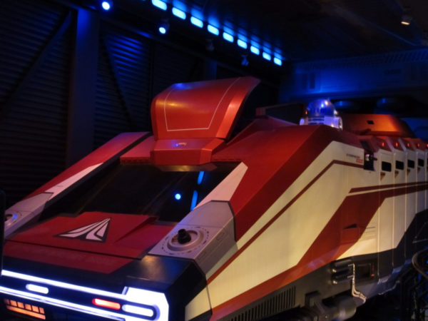 Meet some of your favorite Star Wars characters inside the Star Wars: Secrets of the Empire VR Experience coming to Disney Springs this winter.