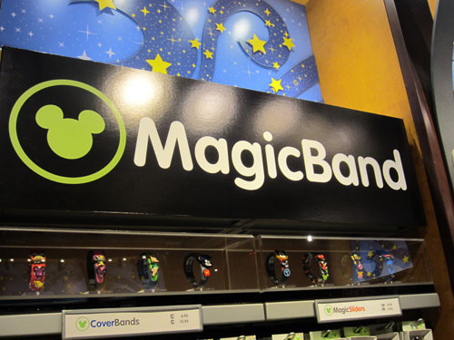 MagicBands - technology to the rescue!