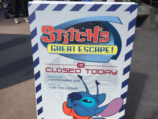 A closed sign for Stitch.