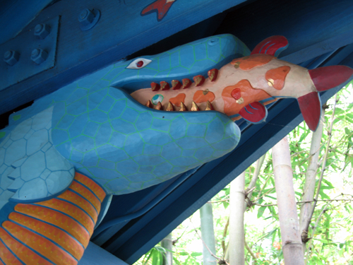 Flame Tree Barbecue features a predator and prey theme.
