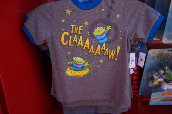 "Little boys and girls will love this shirt! ""The CLAAAAAAW!"""