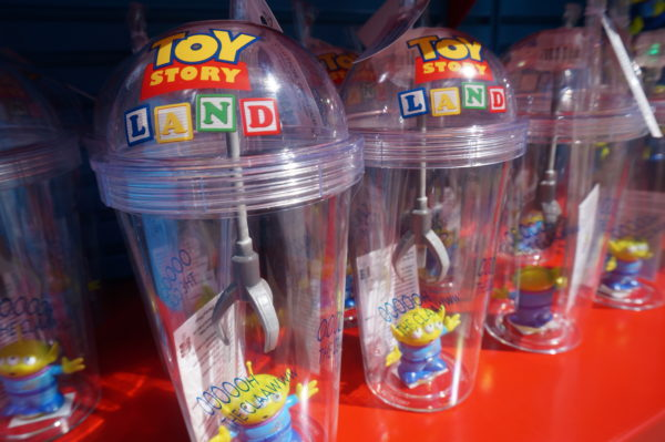 These Toy Story Land souvenir cups are really cute!