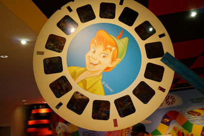 The View Master for this Peter Pan disc must be pretty big!
