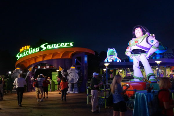 Here's the very large Buzz Lightyear and Alien Swirling Saucers all lit up at night.