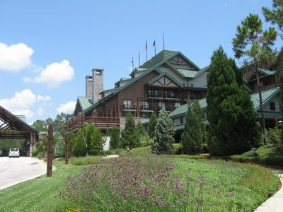 Wilderness Lodge Exterior