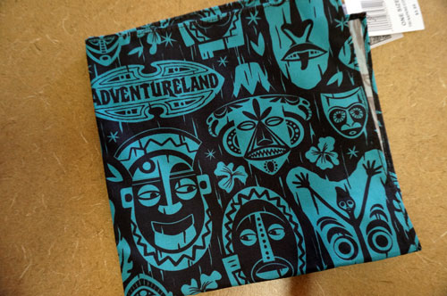 One tiki-inspired napkin.
